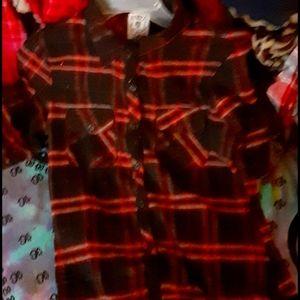 Flannel tshirt sz large